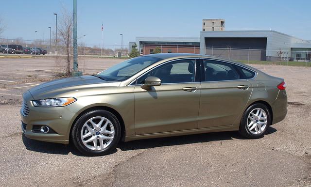 2013 Ford Fusion SE 7