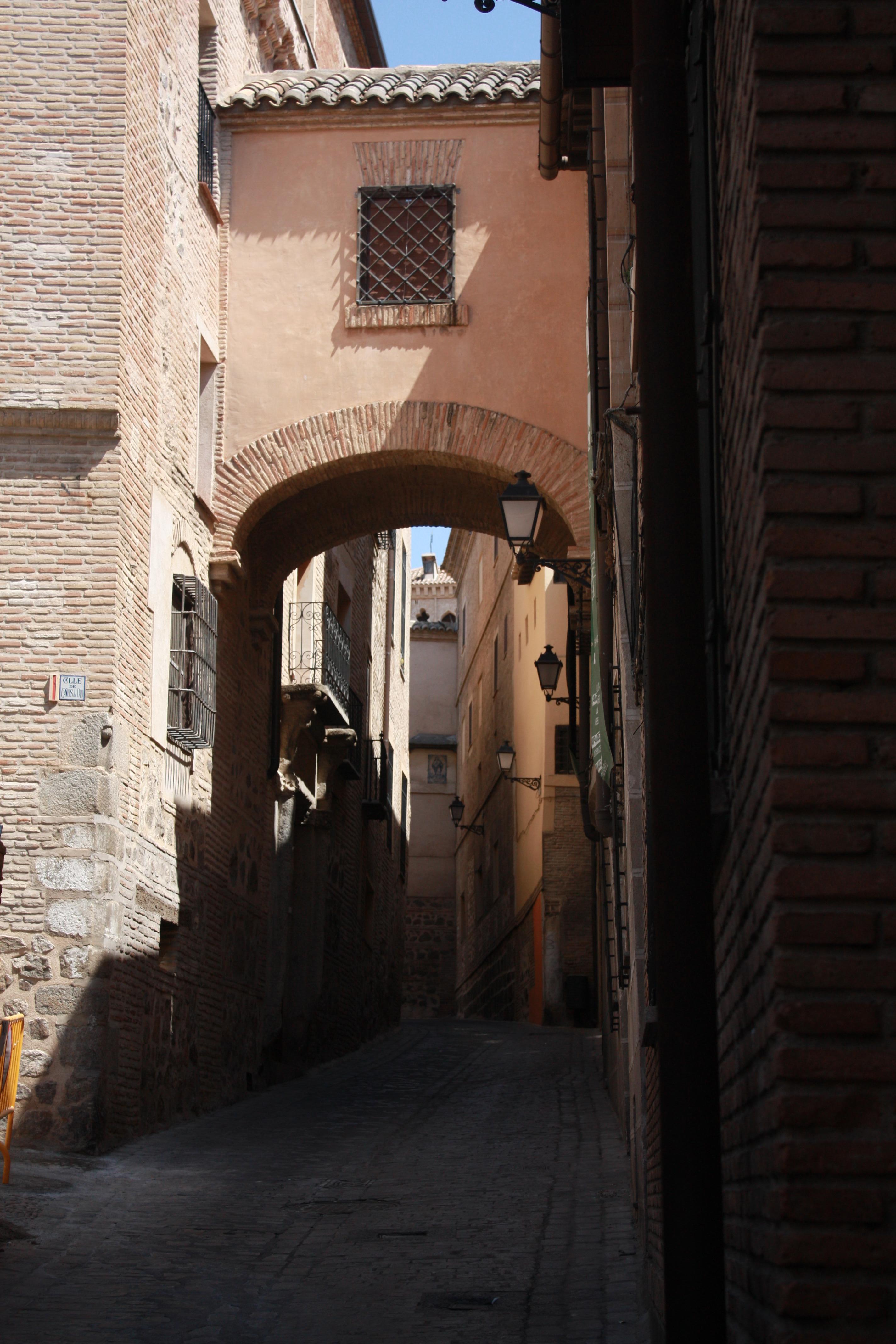 Detalle de una calle de Toledo. Autor, FernandO