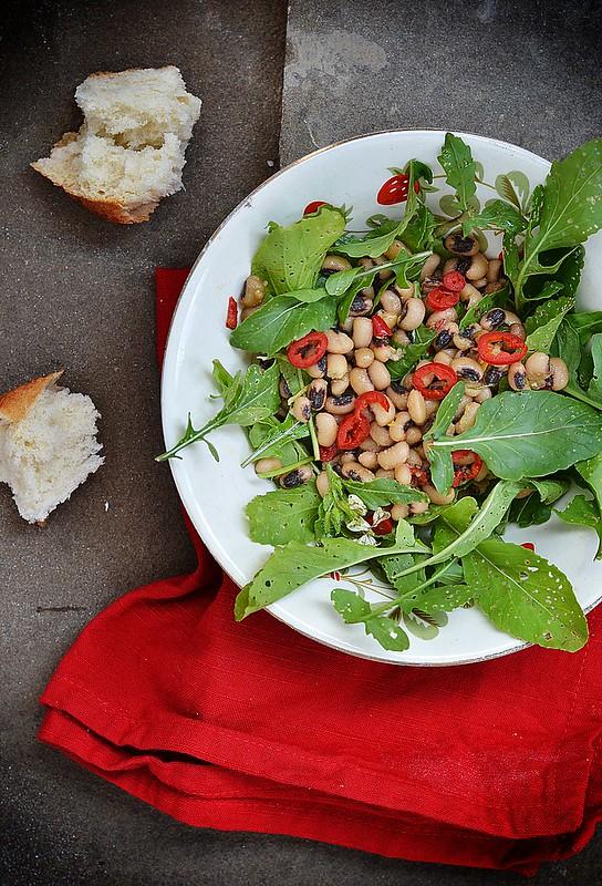 beans and ruccola salad.2