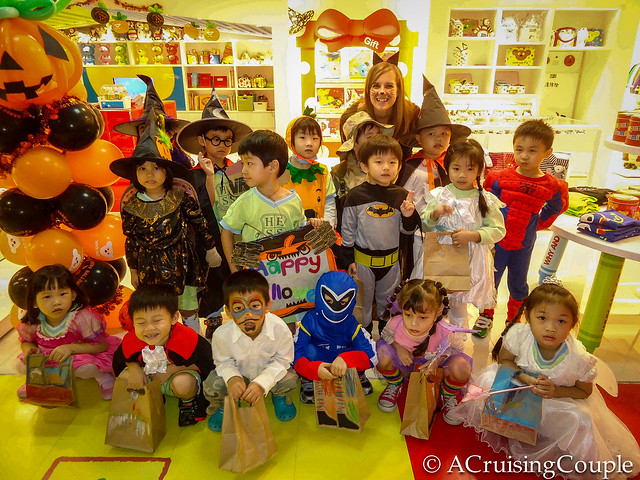 Teaching English in Taiwan Kindy-Halloween