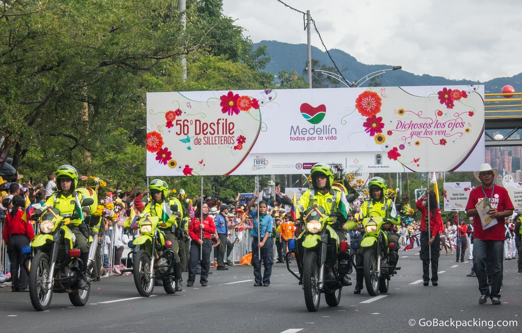 Start of the 56th Annual Desfile de Silleteros (Flower Parade)