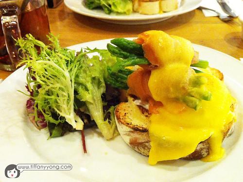 Egg Salmon & Asparagus