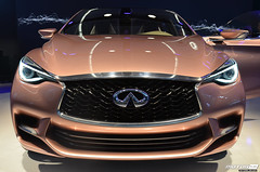 wheel(0.0), infiniti qx70(0.0), automobile(1.0), automotive exterior(1.0), sport utility vehicle(1.0), vehicle(1.0), automotive design(1.0), auto show(1.0), mid-size car(1.0), grille(1.0), bumper(1.0), infiniti(1.0), land vehicle(1.0),