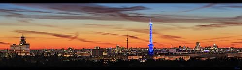 sunset berlin skyline deutschland dawn licht hauptstadt stadt fernsehturm funkturm sonnenaufgang beleuchtung morgens häuser teufelsberg gutenmorgen überblick drachenberg frankherrmann europpapanorama