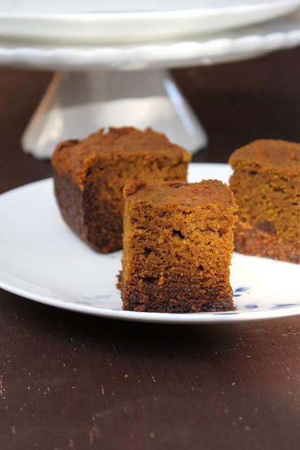Pumpkin Gingerbread Bars