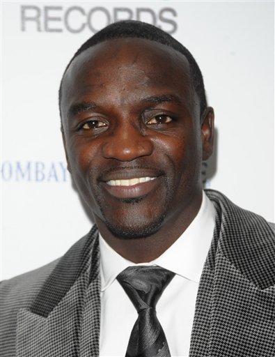 Akon couple