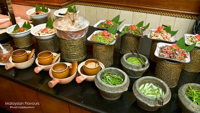 palm-terrace-coffee-house-buffet