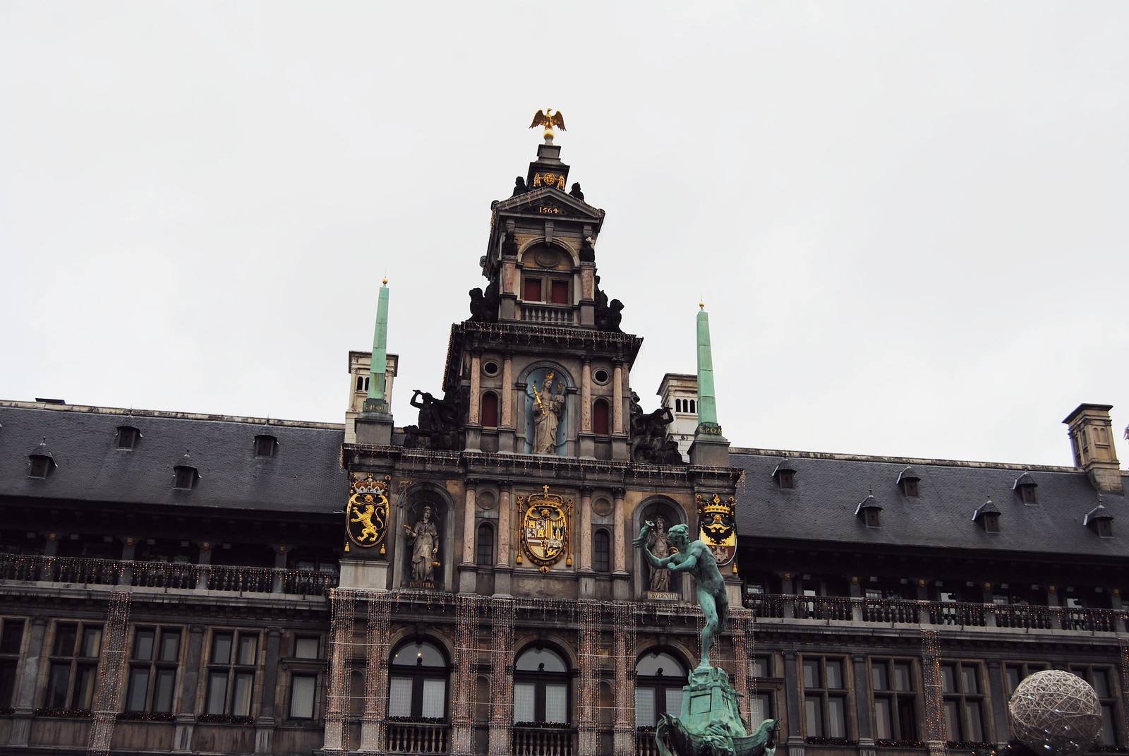 A view of the Antwerp City Hall (facade).
