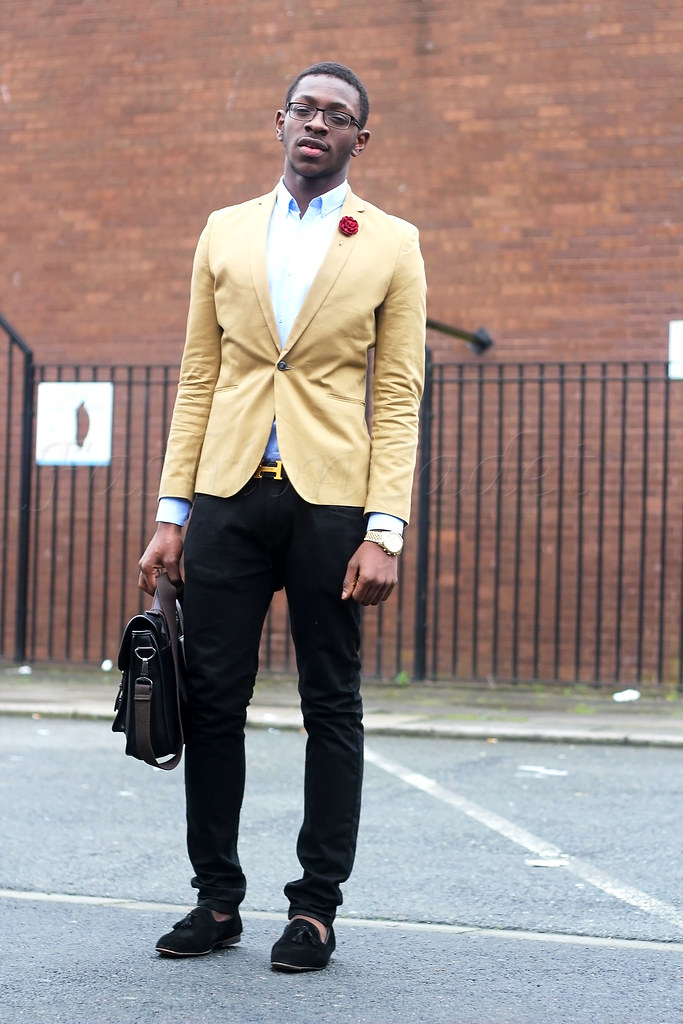 What to Wear with a khaki Jacket, what to wear with a khaki blazer, men's Smart and casual slip-on shoes, men's style, men's trend, Luxury Velvet Tassel Slippers