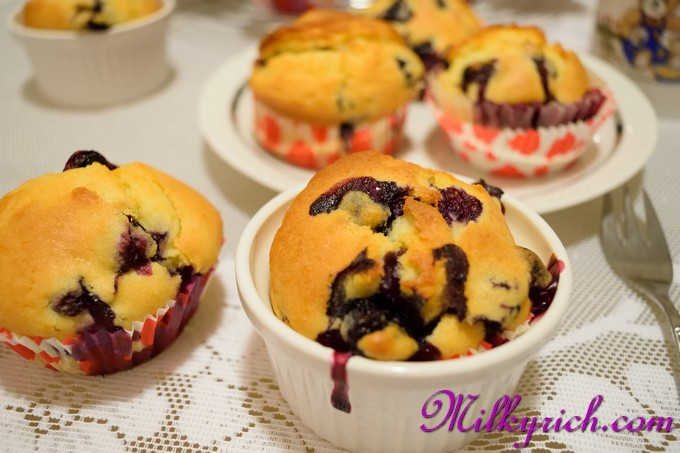 blueberry muffin cupcakes - 11