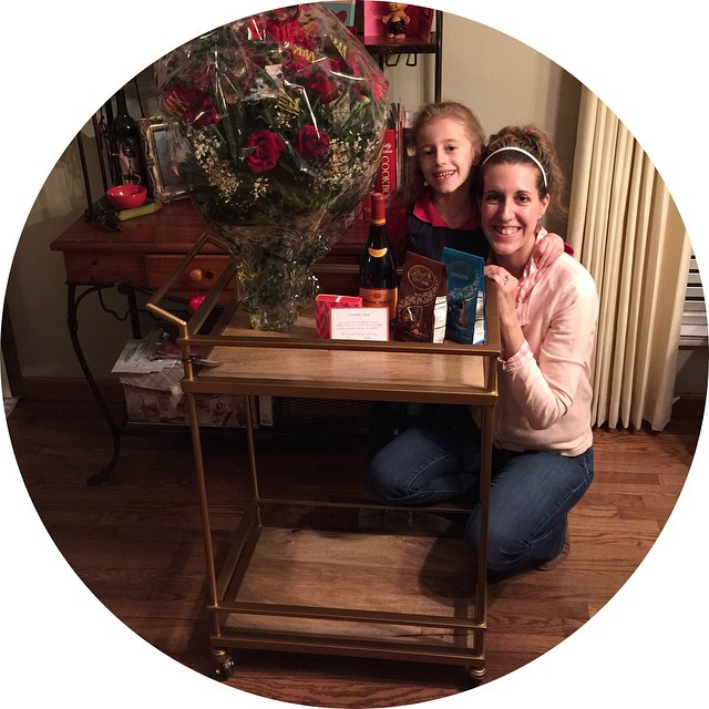 HAPPY VALENTINE'S DAY to meeee!!! Brian surprised me when I got home from my moms with the kids. Every time we've been in Target together I've pointed out how much I've wanted their gold bar cart they've had in the Home Decor section for ages!! And, what