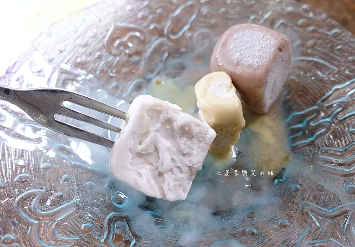 9 太陽牌冰品 紅豆牛乳霜、草湖芋仔冰