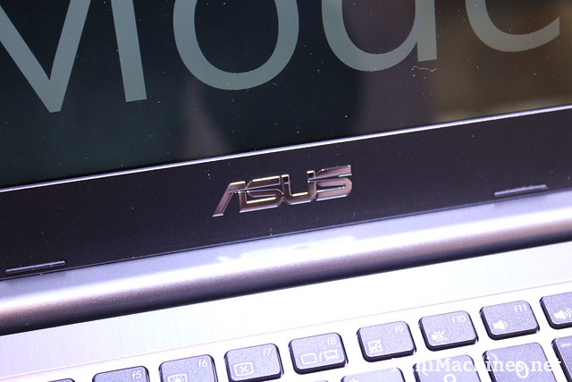 Asus E403SA