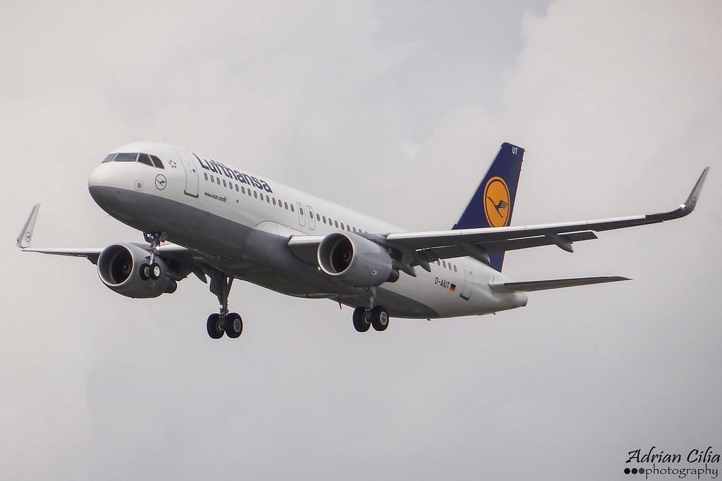 D-AIUT - A320 - Lufthansa