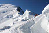 Abstieg über den Bossesgrat am Montblanc, 4810 m. Foto: Archiv Härter.