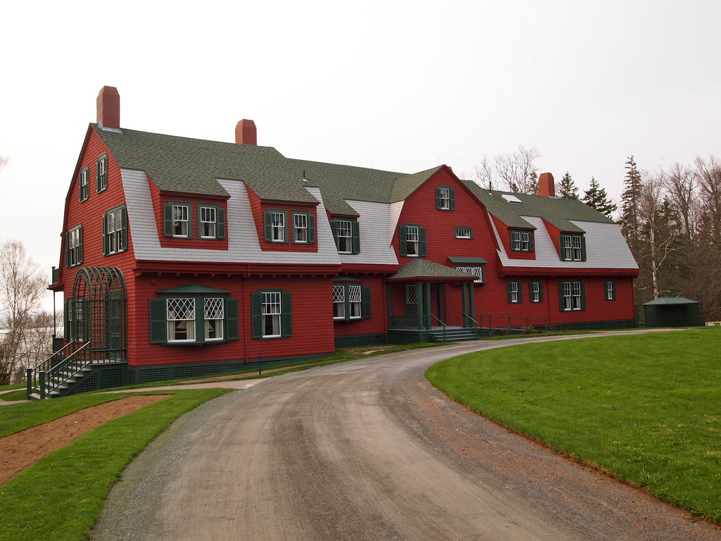 West Quoddy Lighthouse Bed And Breakfast