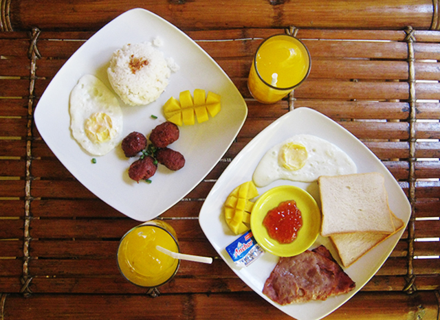 Pigging Out In Boracay - ErikaRodica.com - Pancake House, Halowich, Lemoni Cafe, Chori Burger, Ti Braz, Beach Hut Bar, Club Ten Boracay