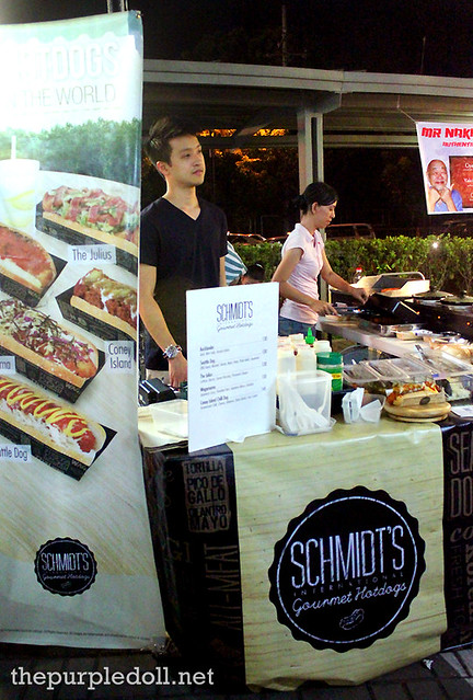 Schmidt's Gourmet Hotdogs at Mezza Norte