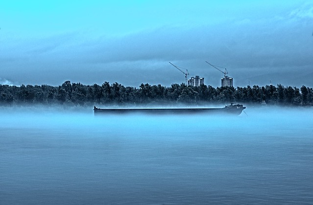 fog on the Yenisei River ..