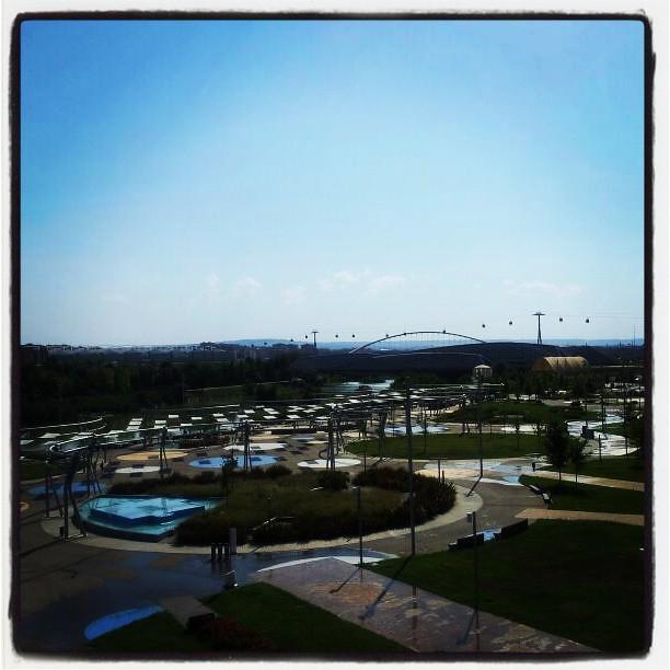 Vistas Preciosas Desde La Terraza Del Acuario De Zaragoza