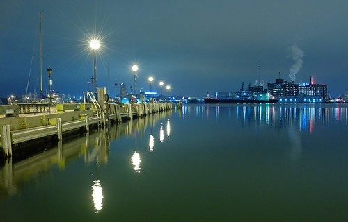 water night lights harbor lowlight maryland baltimore fellspoint x20 broadwaypier subming oscarpetefan