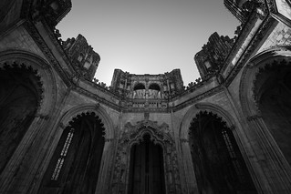 Image de Monastère de Batalha. portugal worldheritagesite coimbra leiria batalha gothicarchitecture mosteirodabatalha gothicstyle manueline manuelinestyle capelasimperfeitas manuelinearchitecture mosteirodesantamariadavitória dduarte monasteryofbatalha unfinishedchapels leiriadistrict canoneos5dmarkiii