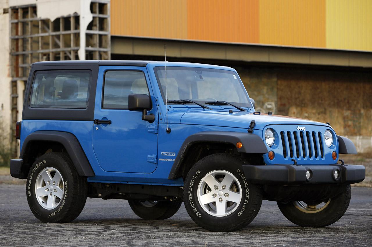 01-2012-jeep-wrangler-sport-review