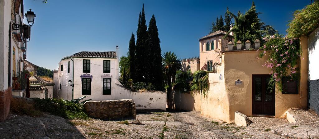 4. Plaza en el barrio del Albaicín. Autor, Mariuccox