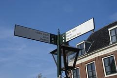 Wegwijzer in Leiden