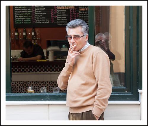 sigaretje by hans van egdom