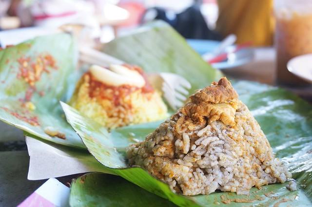 Halal breakfast in Penang Astaka Taman Tun Sardon-009