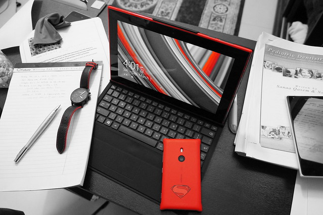 Lumia Color Pop Featuring Lumia 2520 & 925