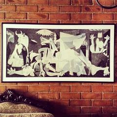 Guernica puzzle