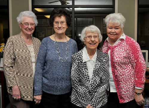 Saltsburg Senior Center Volunteers 01