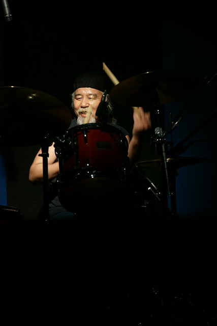 mitch-akimoty drum solo at 獅子王, Tokyo, 10 May 2014. 024