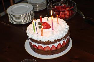 Q8 cake