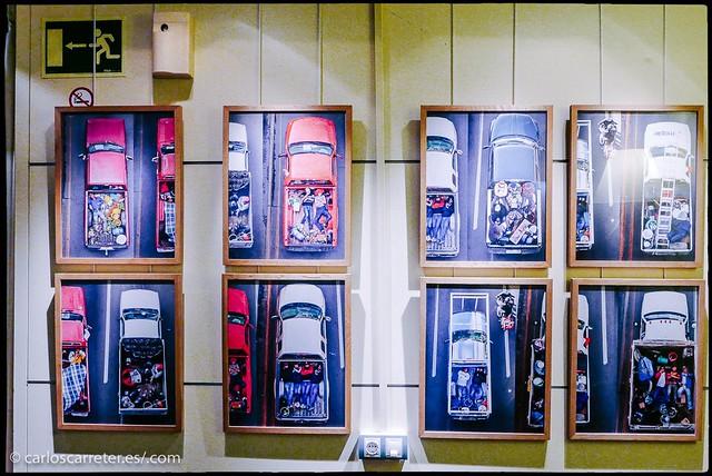 """Exposición """"Carpoolers"""" de Alejandro Cartagena"""