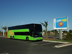 Bus and Coach / Cars et Bus Van Hool