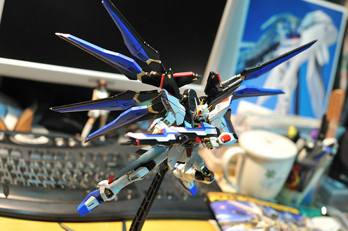 1/100 MG Strike Freedom Full Burst Mode
