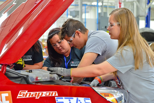 Rose-Hulman student engineers used NX software from Siemens in the design of their electric vehicle.