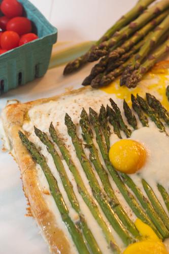 Asparagus, Ricotta and Egg Tart #WeekdaySupper