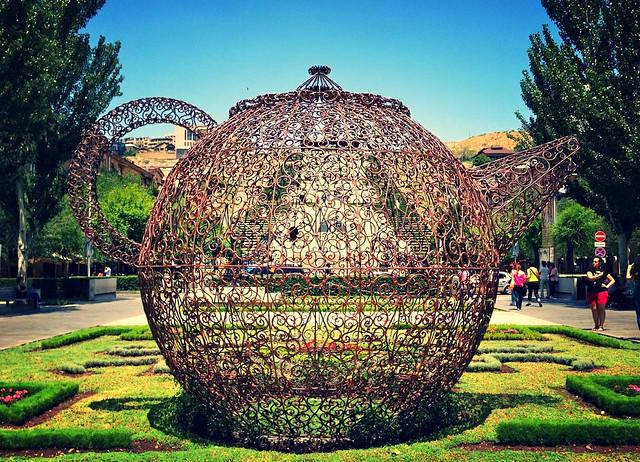 teapot, Kaskad, Yerevan