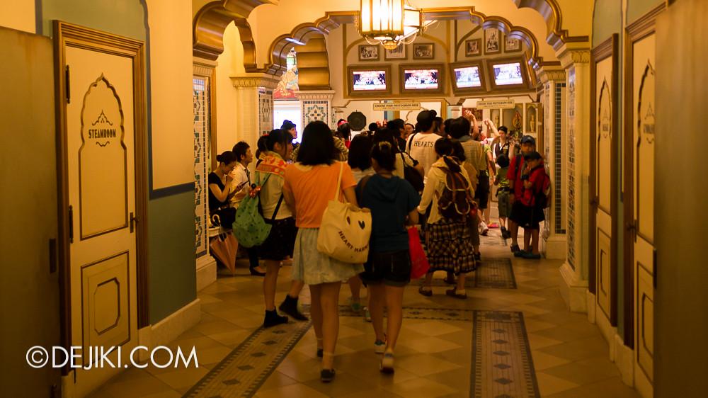 Tokyo DisneySea - Tower of Terror / tour exit 5