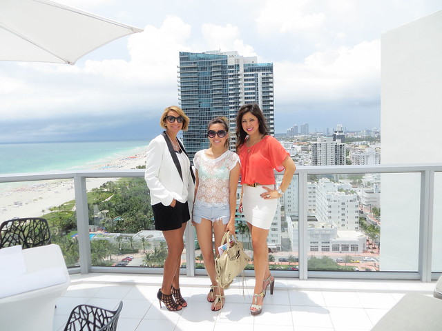 lucky magazine contributor,fashion blogger,lovefashionlivelife,joann doan,style blogger,stylist,what i wore,my style,fashion diaries,outfit,lisa vogel,luxe,feature friday,manna kadar cosmetics,miami swim week, style fashion week la,LAFW