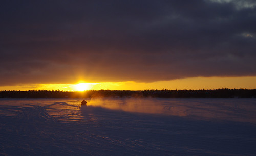 winter sunset ice cloudy snowmobile vaasa vasa evning