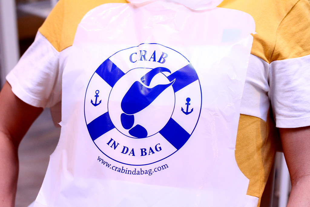 Crab in da Bag Apron