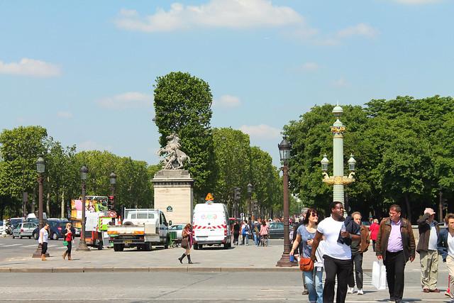 PARIS 532