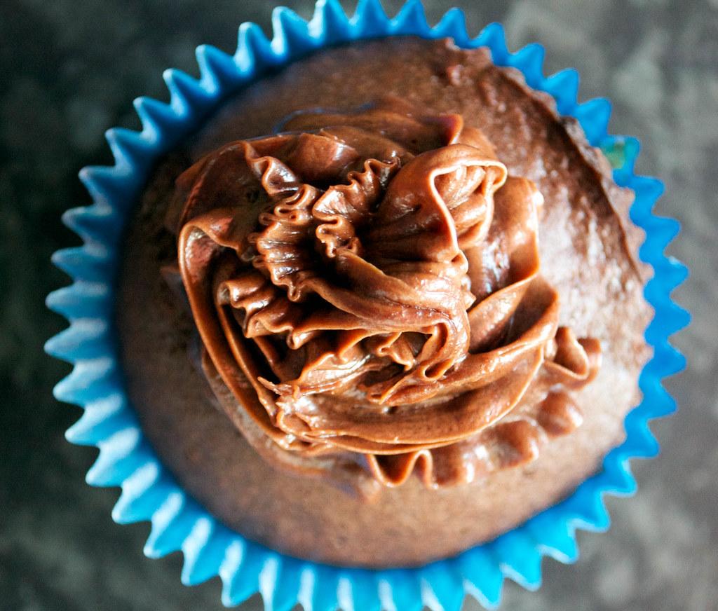 helens chocolate cake iced