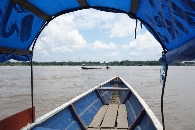 Barco de Santa Rosa até Tabatinga, Peru até Brasil