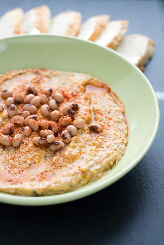 Black Eyed Pea Hummus